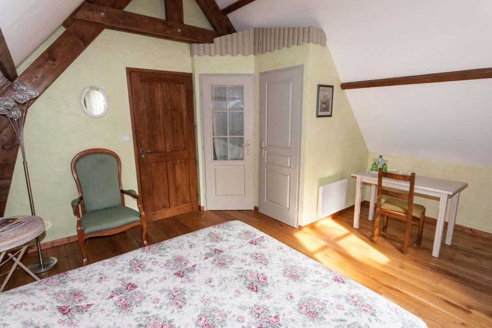 Chambres d 39 h tes les dornes chambres delettes dans le for Chambre hote 62