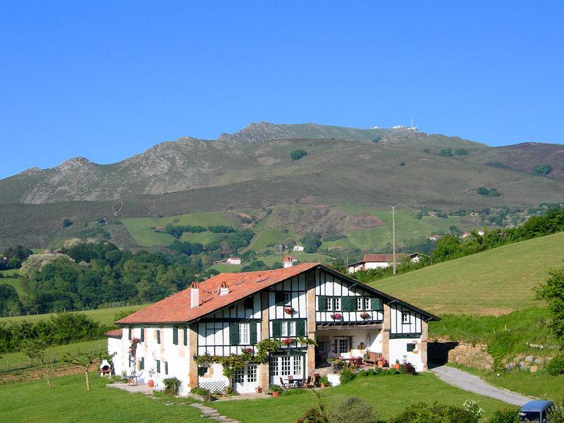 Chambres DHtes De Charme Uhartea Chambres Sare Cte Basque