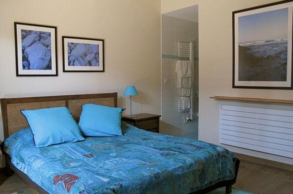 chambres d 39 h tes apitoki chambres d 39 h tes urrugne pays basque. Black Bedroom Furniture Sets. Home Design Ideas