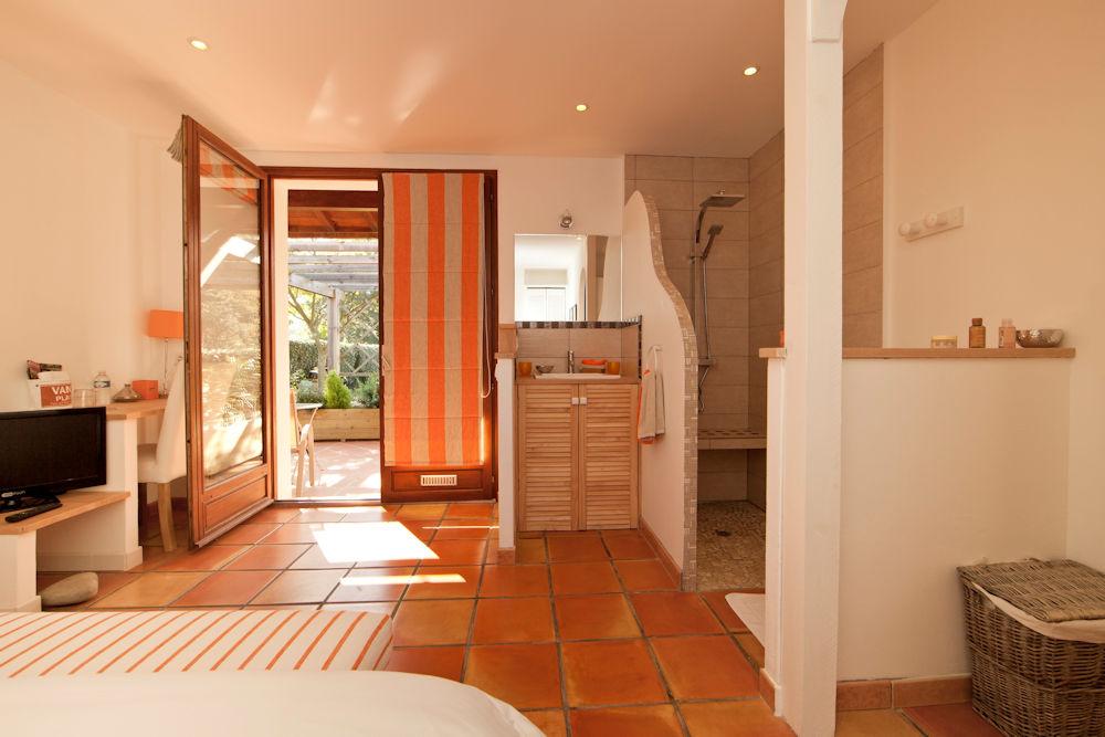 Chambres d 39 h tes la villa oz chambres bidart dans les for Chambre d hotes bidart