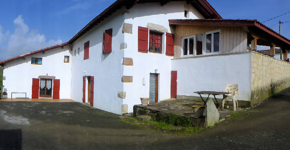 Chambres d 39 h tes hego alde chambres d 39 h tes sare pays basque for Chambre d hote pays basque