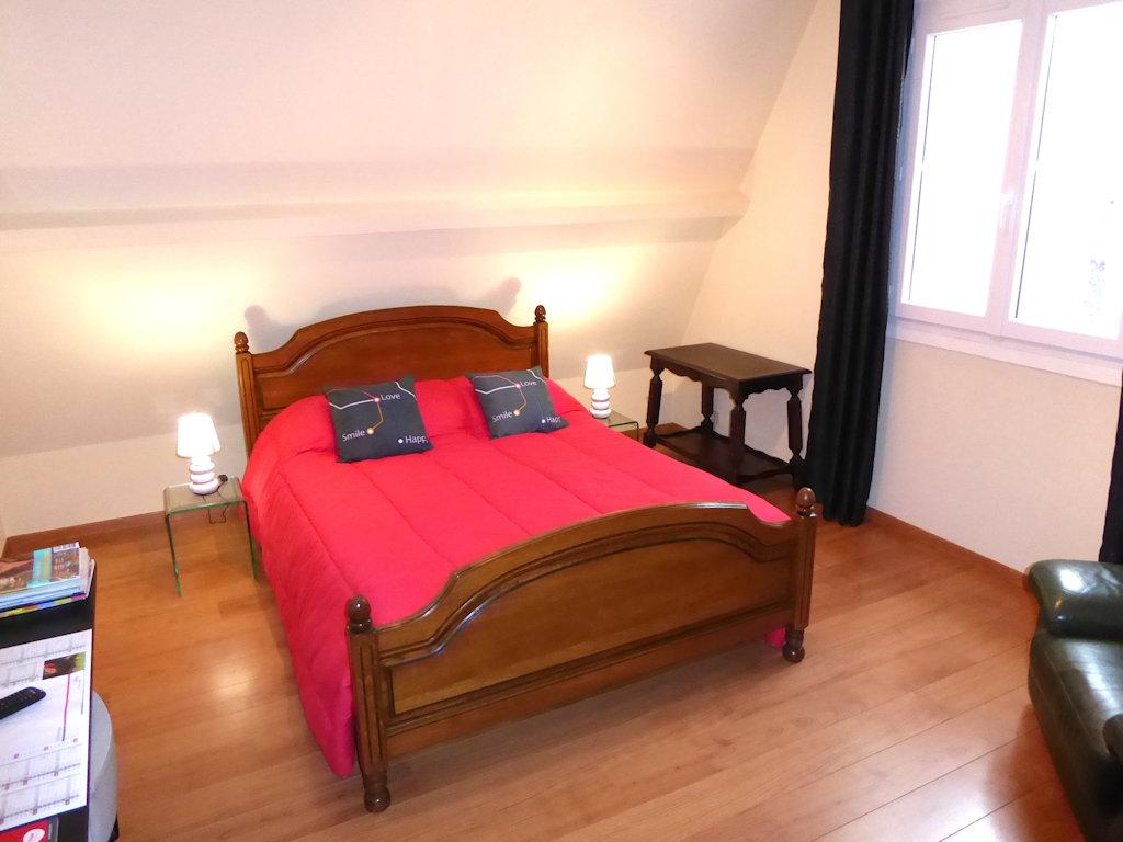 chambre d 39 h tes le castet chambres lons b arn. Black Bedroom Furniture Sets. Home Design Ideas