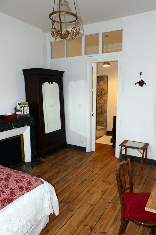 Chambre d 39 h tes la roseraie chambre bagn res de bigorre dans les hautes pyr n es 65 - Chambre d hote bagneres de bigorre ...