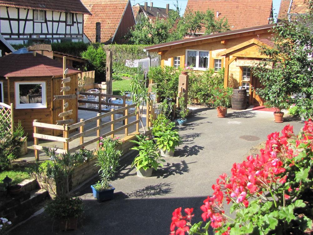 maison d 39 h tes douce nuit chambres obermodern zutzendorf dans le bas rhin 67 34 km de. Black Bedroom Furniture Sets. Home Design Ideas
