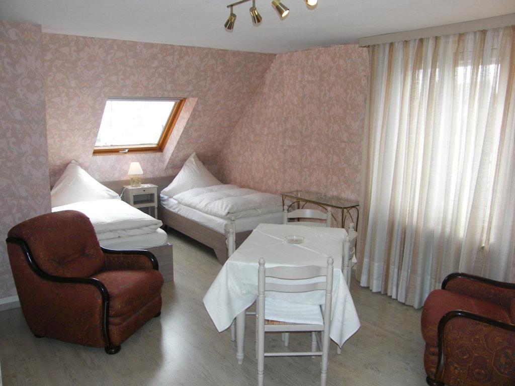 knebel chambres d 39 h tes en alsace rooms obernai. Black Bedroom Furniture Sets. Home Design Ideas