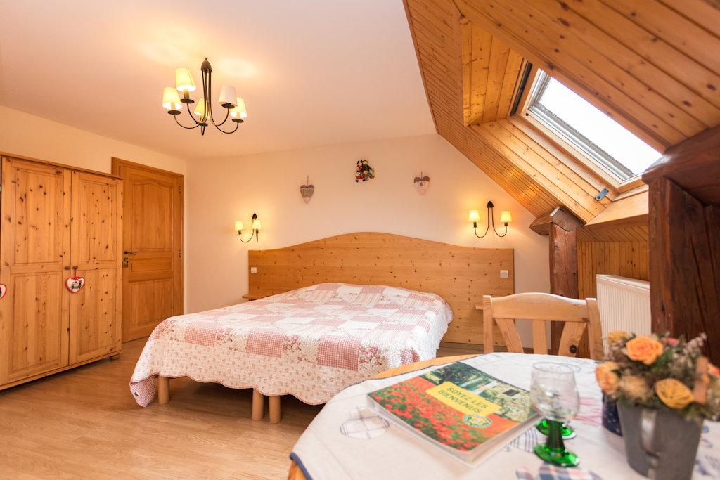 Ferme du schoultzbach chambres d 39 h tes chambres for Chambre hote 68