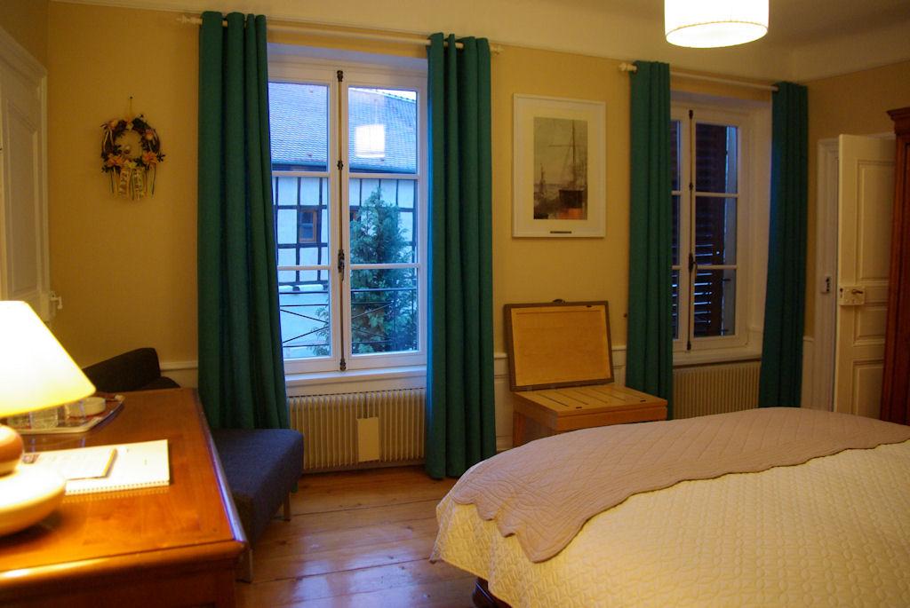 Chambres d 39 h tes cour du weinhof chambres d 39 h tes colmar for Colmar chambre hote