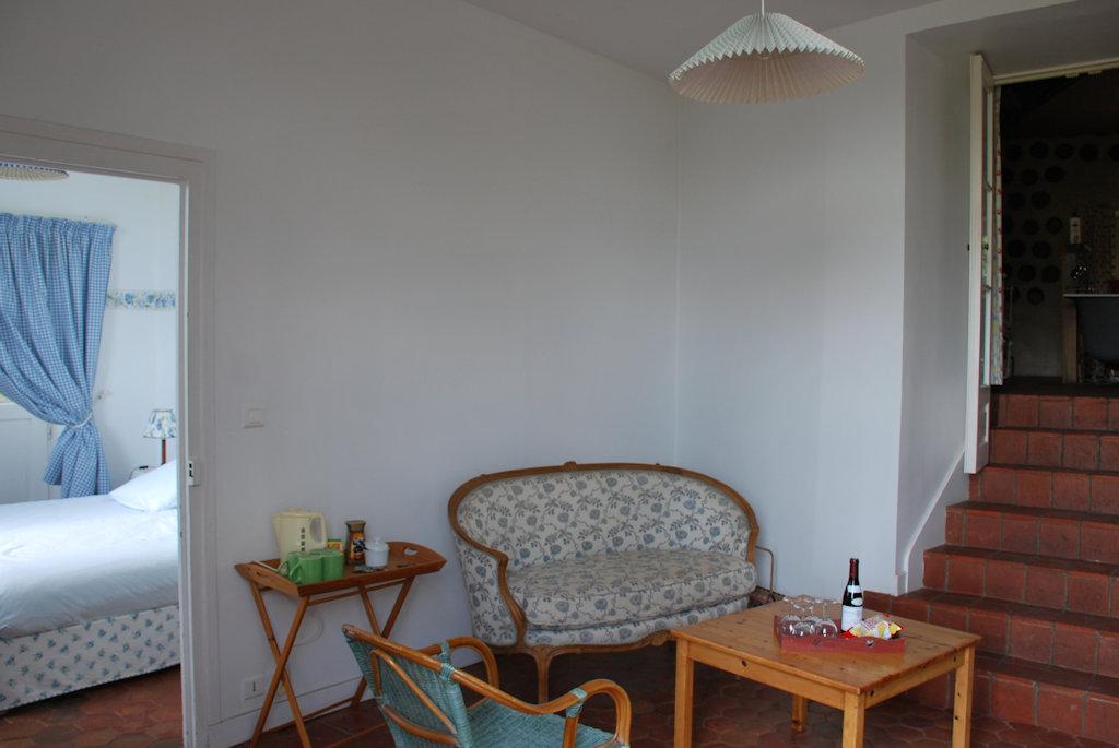 chambres d 39 h tes abbaye de la ferte chambres saint ambreuil en sa ne et loire 71 12 km de. Black Bedroom Furniture Sets. Home Design Ideas