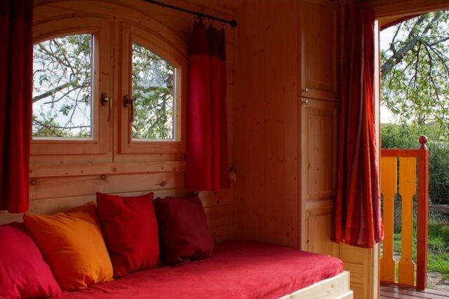 Chambre d 39 h tes la roulotte du col d 39 auterre chambres d 39 h tes matour sud bourgogne haut clunisois - Chambres d hotes bourgogne du sud ...