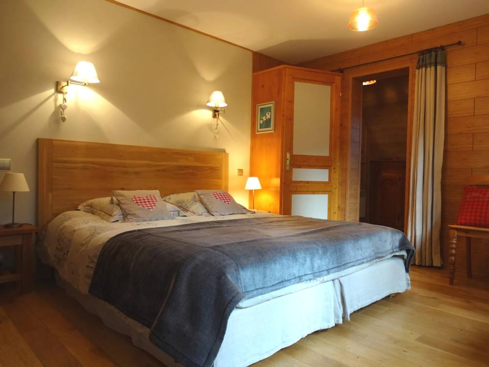 chambres d 39 h tes sur la corniche chambres evian les bains en haute savoie 74 8 km de. Black Bedroom Furniture Sets. Home Design Ideas