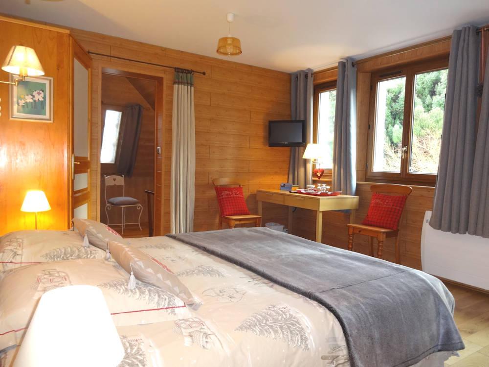 chambres d 39 h tes sur la corniche chambres d 39 h tes evian les bains. Black Bedroom Furniture Sets. Home Design Ideas