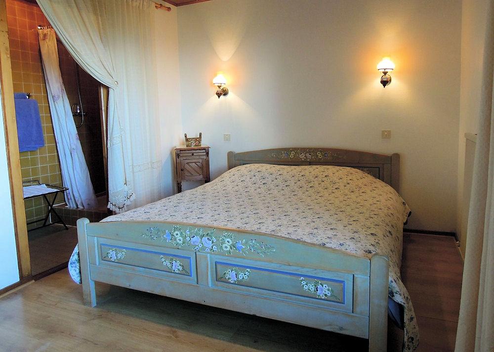 Chambres d 39 h tes logis de la marmotte chambres saxel for Chambre hote 74