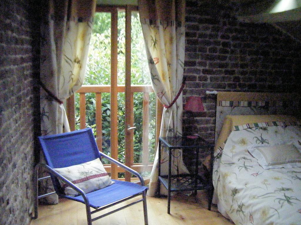Casa rurale la petite maison habitaci n veules les roses - La petite maison normandie ...
