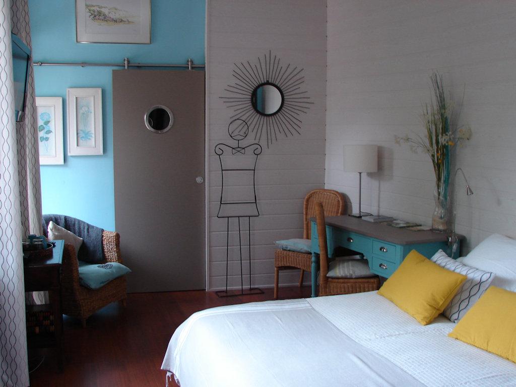 chambre d 39 h tes le vieux ch teau room dieppe haute normandie pays de caux. Black Bedroom Furniture Sets. Home Design Ideas