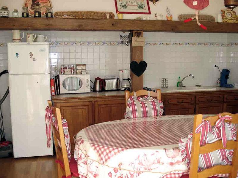 chambres d 39 h tes relais de montceaux chambres montceaux l s meaux en seine et marne 77 45. Black Bedroom Furniture Sets. Home Design Ideas