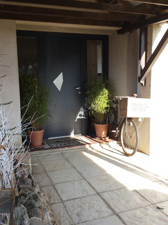 chambres d 39 h tes paris c t jardin chambres chalifert en seine et marne 77. Black Bedroom Furniture Sets. Home Design Ideas