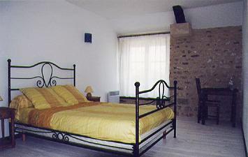 Chambres d 39 h tes le clos du tertre chambres la chapelle la reine en seine et marne 77 - Chambres d hotes fontainebleau ...