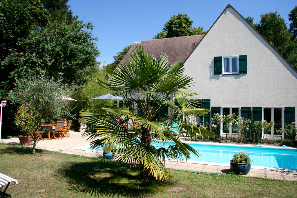 Bed breakfast les hibiscus bed breakfasts maisons - Piscine maison laffitte ...