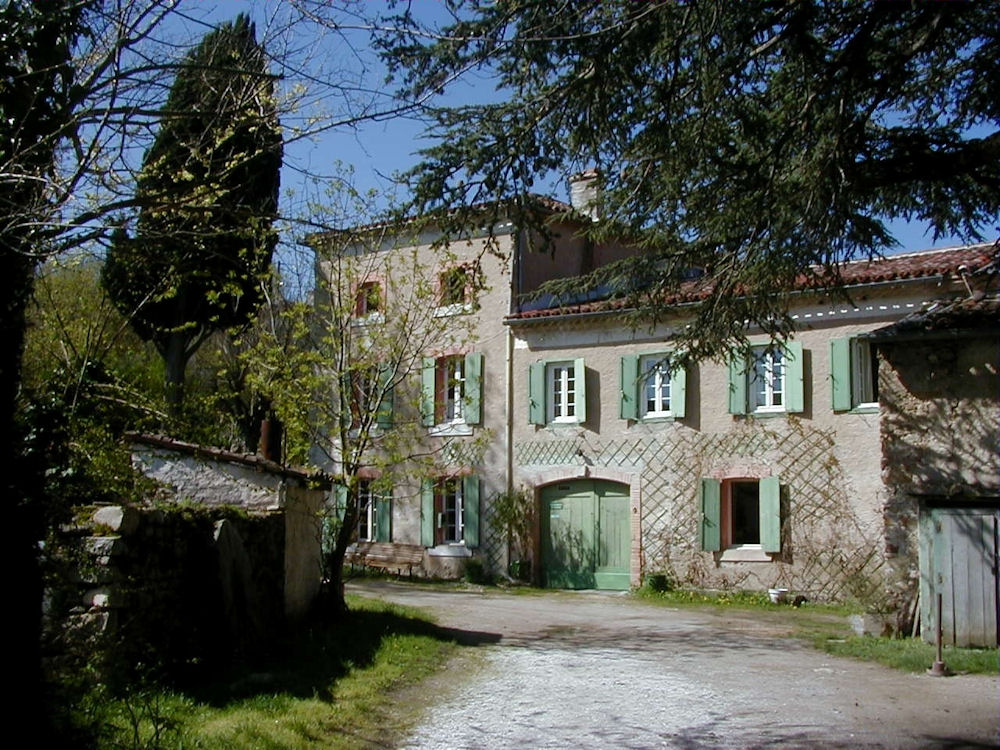 Chambres d 39 h tes moulin du chapitre chambres sor ze for Chambre d hotes tarn