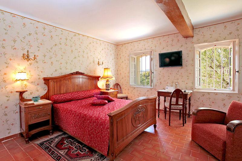 chambres d 39 h tes campagne la farandole chambres d 39 h tes six fours les plages provence c te d. Black Bedroom Furniture Sets. Home Design Ideas