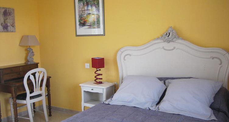 chambres d 39 h tes la giraglia chambres hy res dans le var 83 provence littoral varois. Black Bedroom Furniture Sets. Home Design Ideas