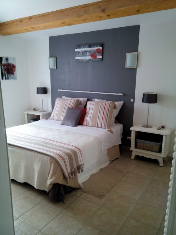 Chambres d 39 h tes scarlett chambres r gusse r gion paca for Chambre hote paca