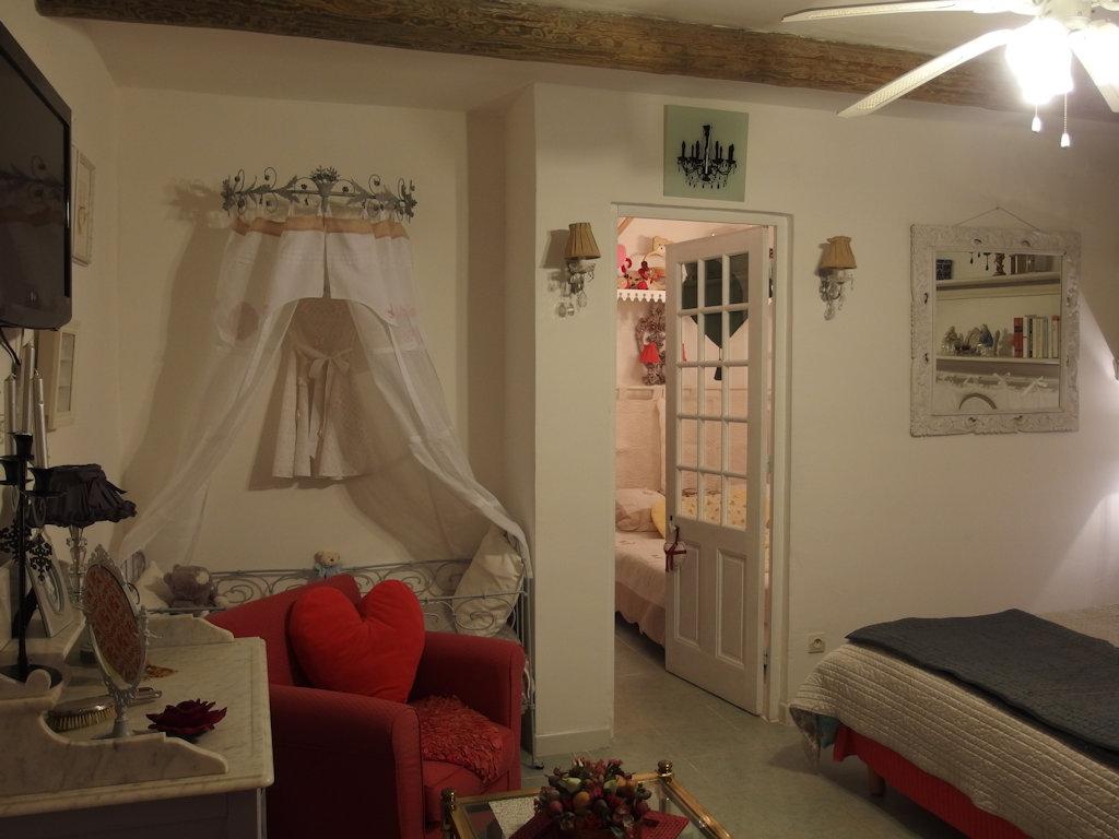 Chambres d'hôtes castelmau, kamers b&b le lavandou, les hauts de ...