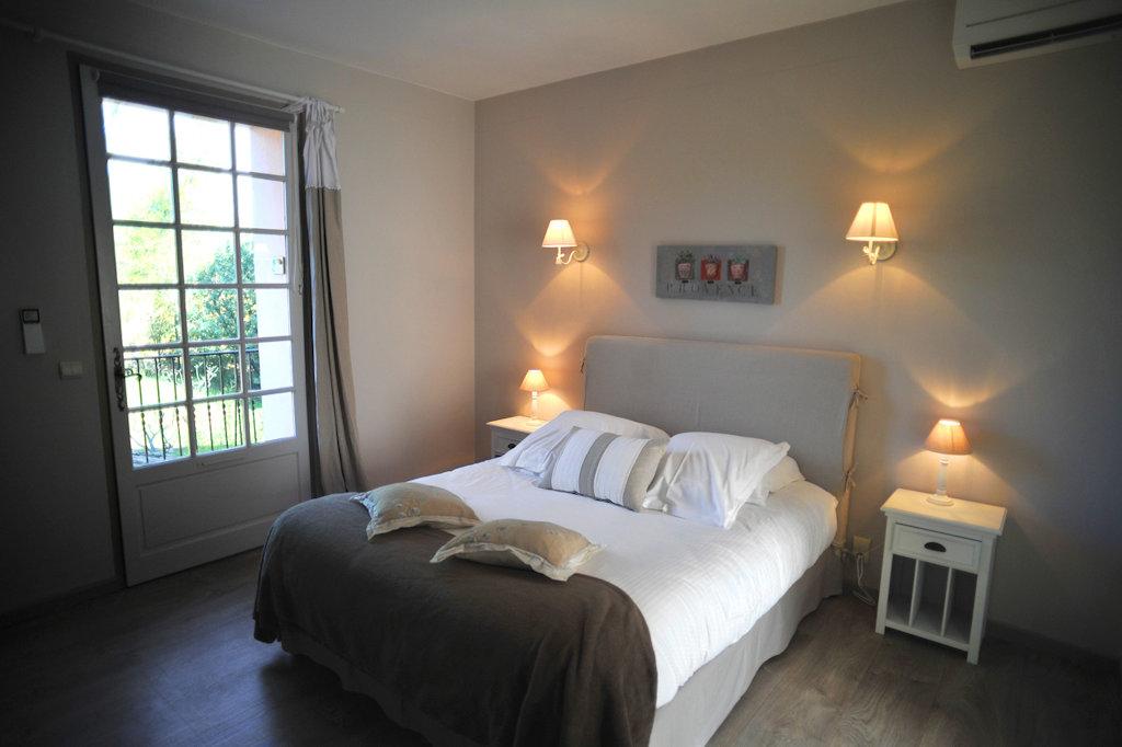 Chambres d 39 h tes ch teau maravenne chambres d 39 h tes la - Chambre d hotes la londe les maures ...