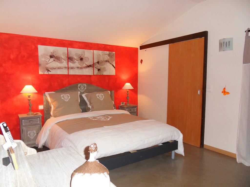 chambres et table d 39 h tes opp de le vieux luberon chambres et suite opp de luberon. Black Bedroom Furniture Sets. Home Design Ideas