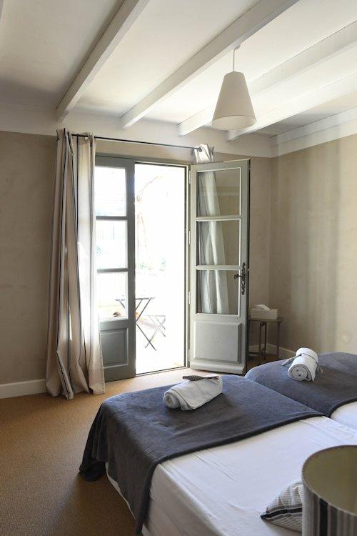 Gästezimmer B&B La maison de Bécaras, Zimmer und suite Bédoin, Ventoux
