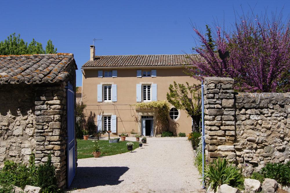 Chambres d 39 h tes les magnans comme chez soie chambres velleron dans le vaucluse 84 - Chambre d agriculture du vaucluse ...