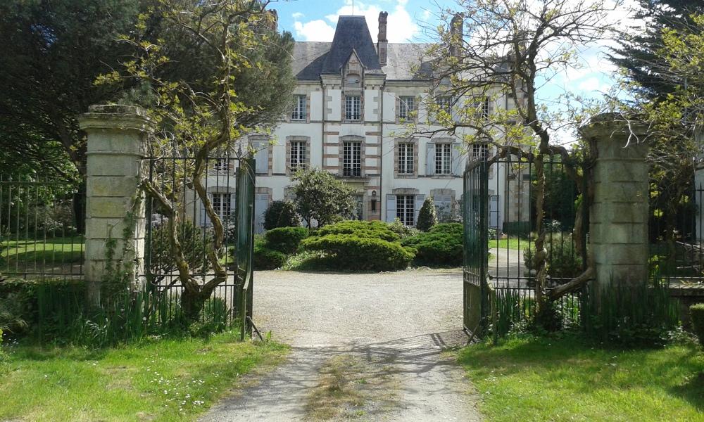 Chambres d 39 h tes ch teau des bretonni res sur vie suites - Chambres d hotes st gilles croix de vie ...