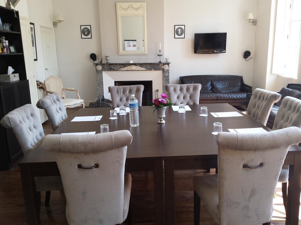chambres d 39 h tes beaux esprits chambres d 39 h tes fontenay le comte sud vend e marais poitevin. Black Bedroom Furniture Sets. Home Design Ideas