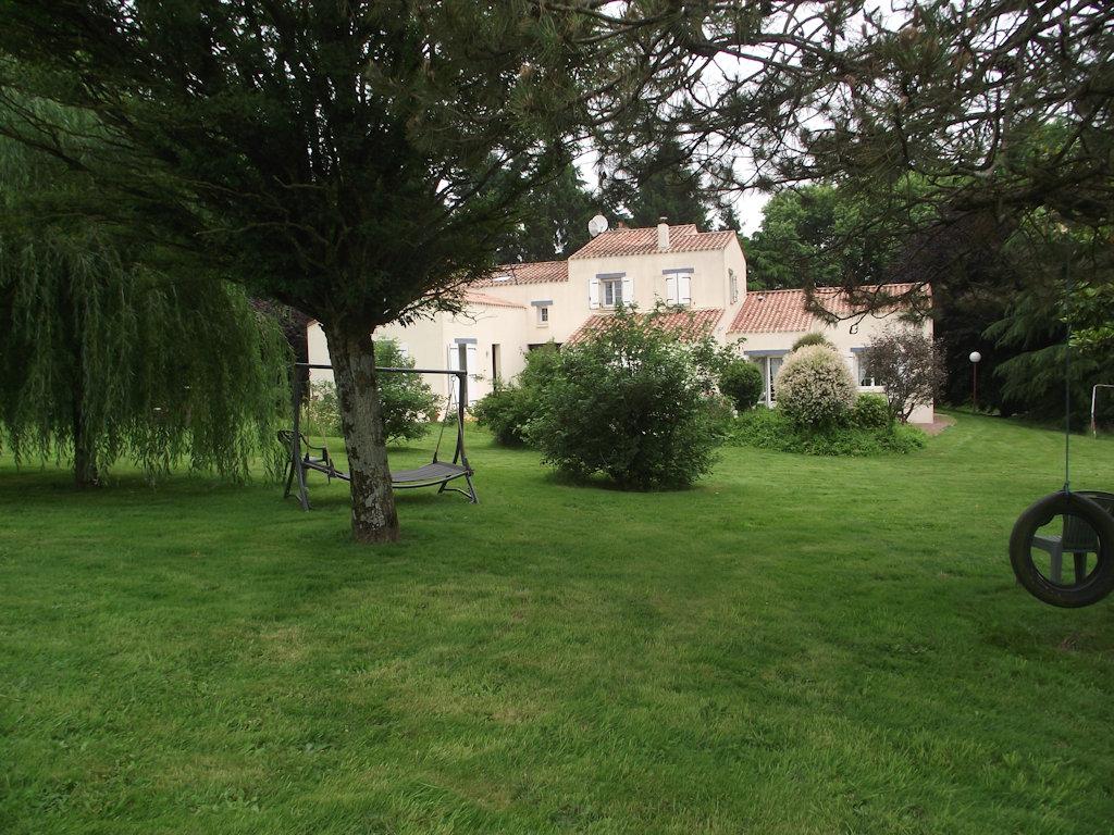 Chambres D Hotes La Maison Du Verger Proche Du Puy Du Fou Suite