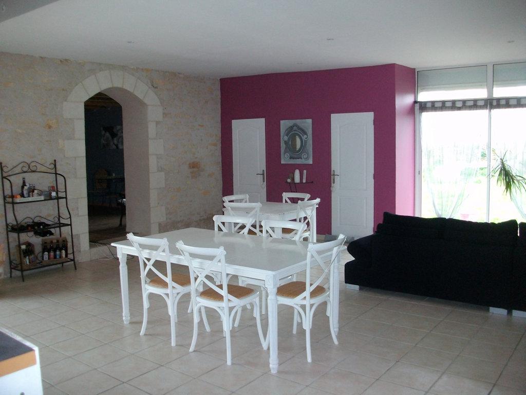 chambres d 39 h tes logis des deux tours chambres vendeuvre du poitou dans la vienne 86 17 9. Black Bedroom Furniture Sets. Home Design Ideas