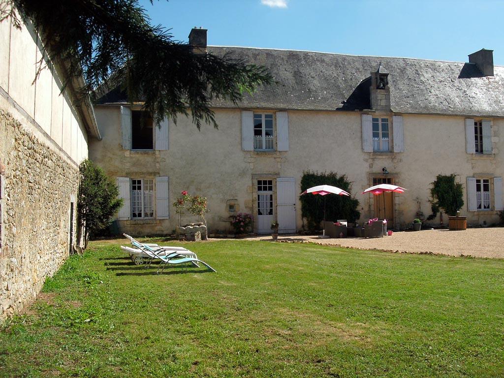 Chambres d\'hôtes La Bastide de Courcelles, chambres Gizay, Poitou ...