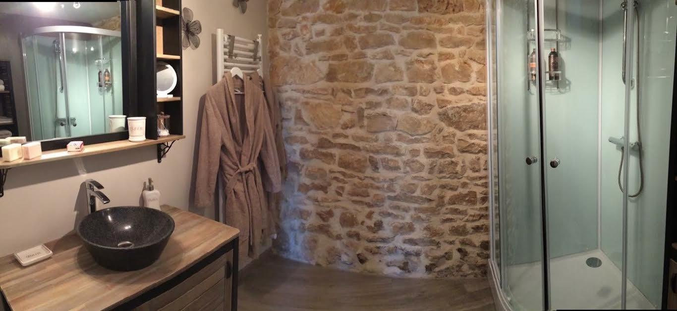 Gästezimmer Les Granges de Gris, Doppelhaus und Zimmer Céaux en Couhé