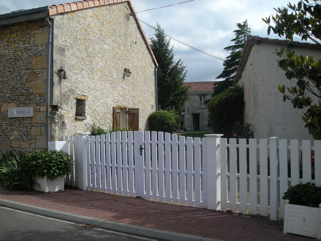 chambre d hote aquitaine Chambres du0027hôtes La Dorelle, family room and rooms Bournand, Nouvelle- Aquitaine