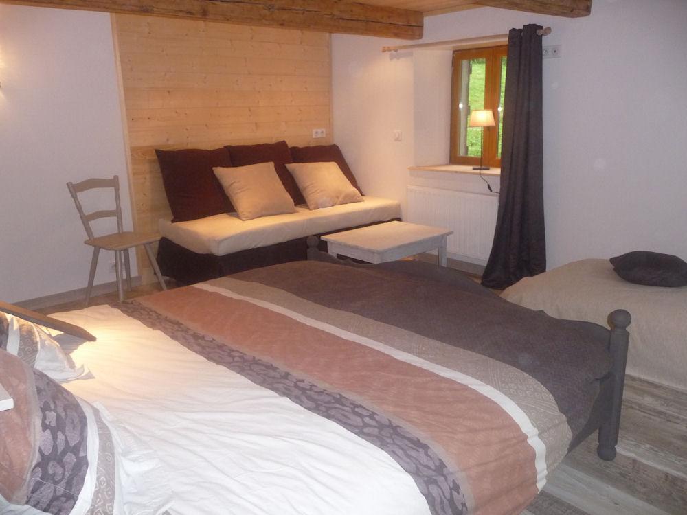 chambre d 39 h tes la ferme du kertoff chambre g rardmer massif des vosges. Black Bedroom Furniture Sets. Home Design Ideas