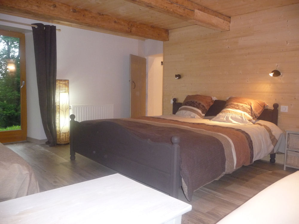 chambre d 39 h tes la ferme du kertoff chambre g rardmer massif des vosges. Black Bedroom Furniture Sets. Home Design Ideas