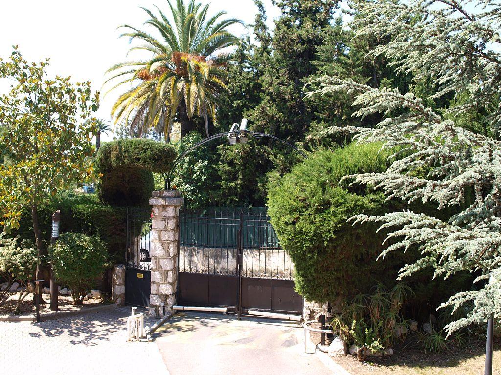 Les palmiers nice appartement nice dans les alpes for Garage les palmiers nice