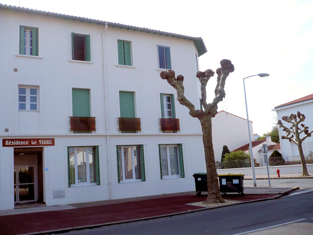 Appartement 31 le tigre apartment in royan en charente for Hotel appart royan