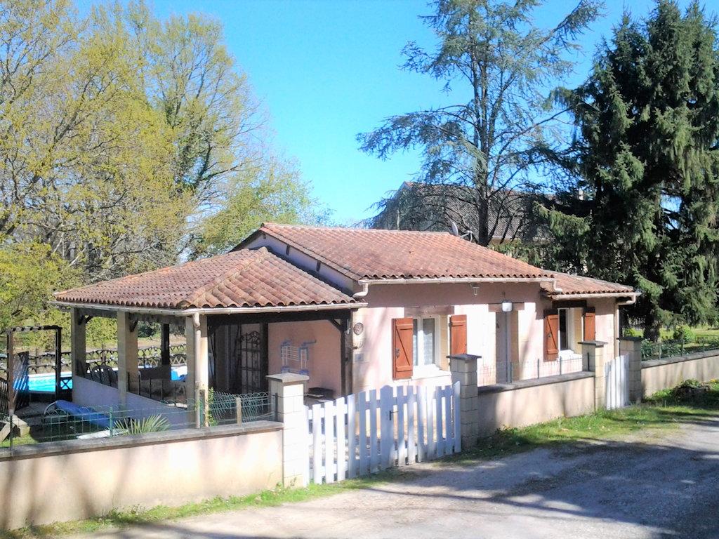 Plan Ou Photo Pool House Pour Piscine le brin d'amour, piscine, 4 personnes - house in sarlat-la