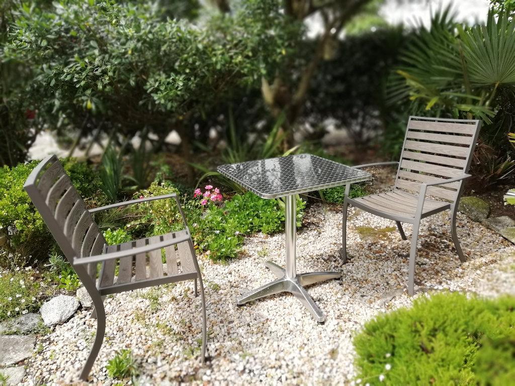 Appartement en rez-de-jardin à 200m de la plage - Apartment in ...