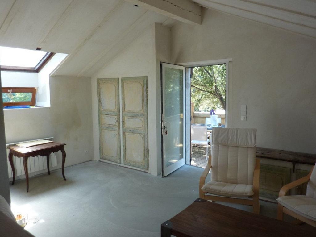 Une Cave A Vin gîtes dans une ancienne cave à vin - apartment and studio in