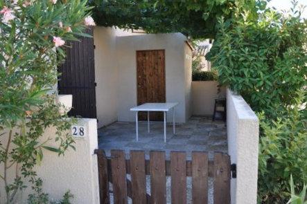 Maison de la Plage, F2 Duplex, terrasse ombragée - House in Le Grau ...