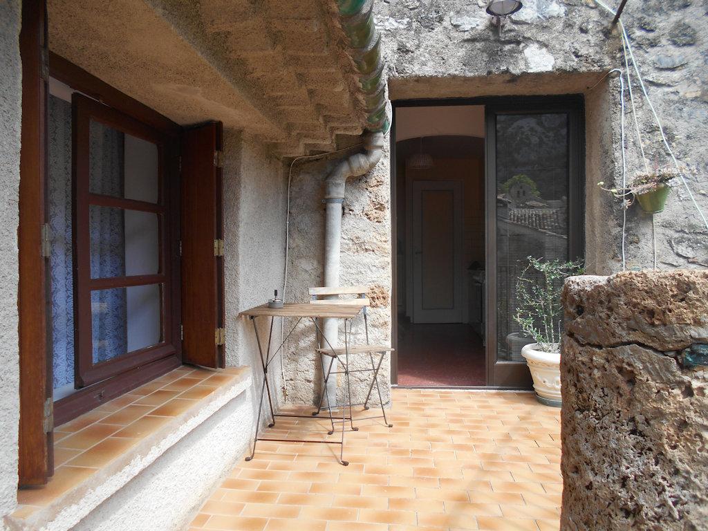Aux Portes Du G Ant Casa Saint Guilhem Le D Sert H Rault # Geant Muebles De Cocina