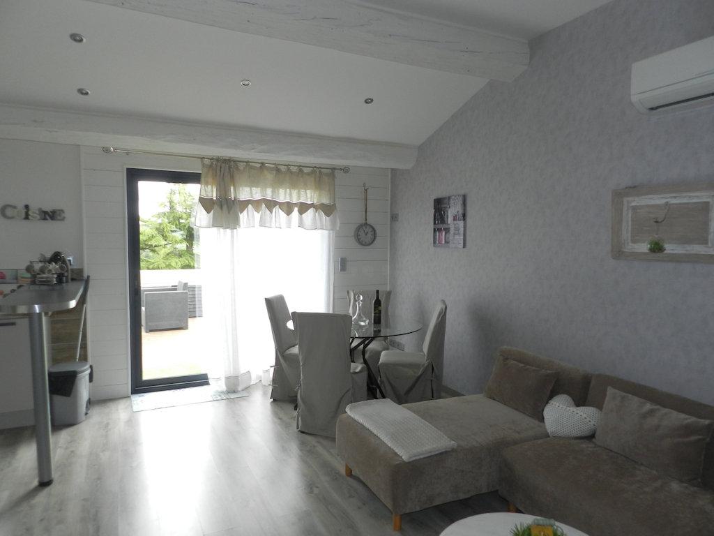 Appartement En Toit Terrasse Et Son Jacuzzi Appartamento Murviel
