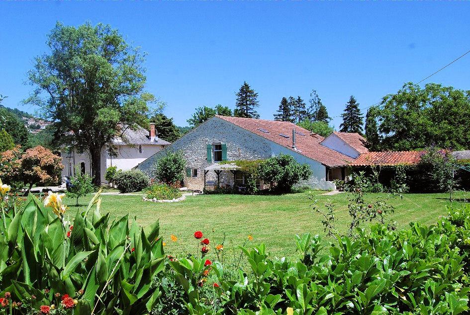 3 g tes la petite maison racachi le rosier locations de vacances penne d 39 agenais vall e du lot. Black Bedroom Furniture Sets. Home Design Ideas
