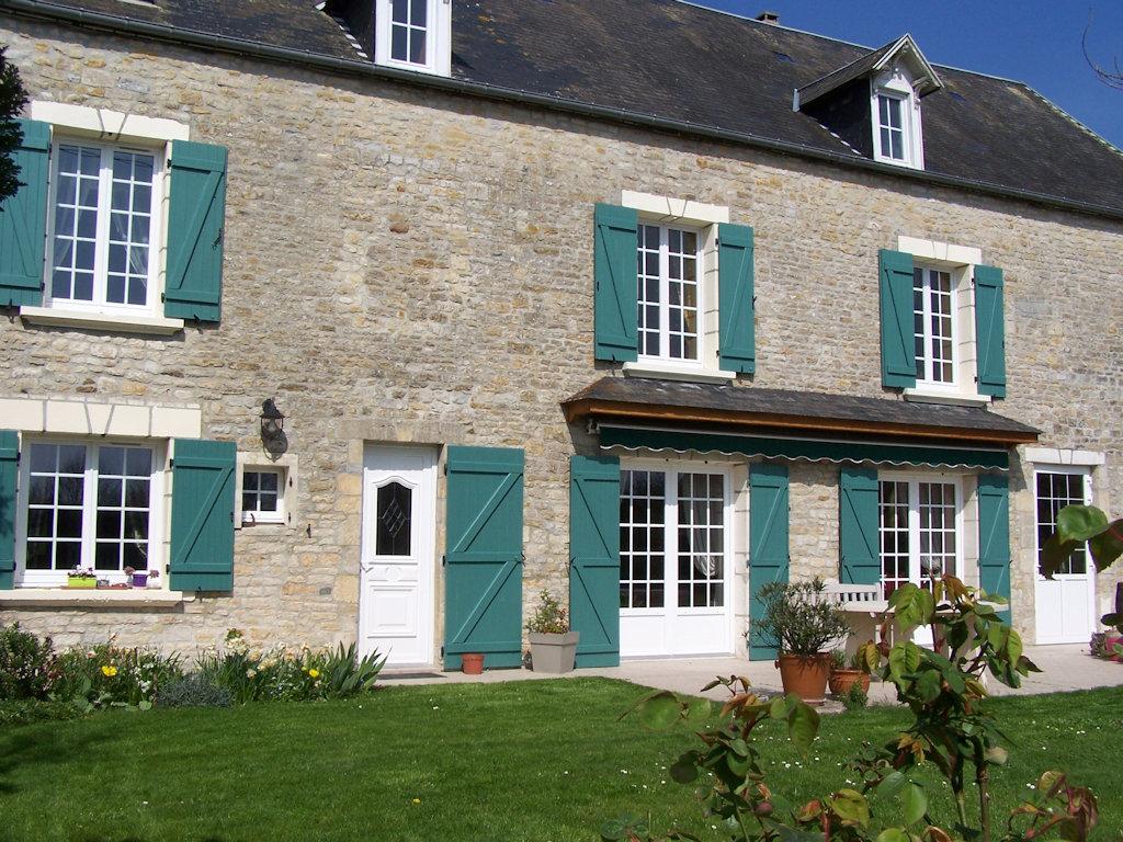 Maison familiale holiday houses carquebut cotentin for Maison familiale